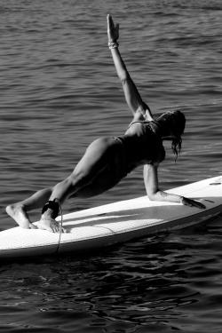 Paddle Yoga Day 220